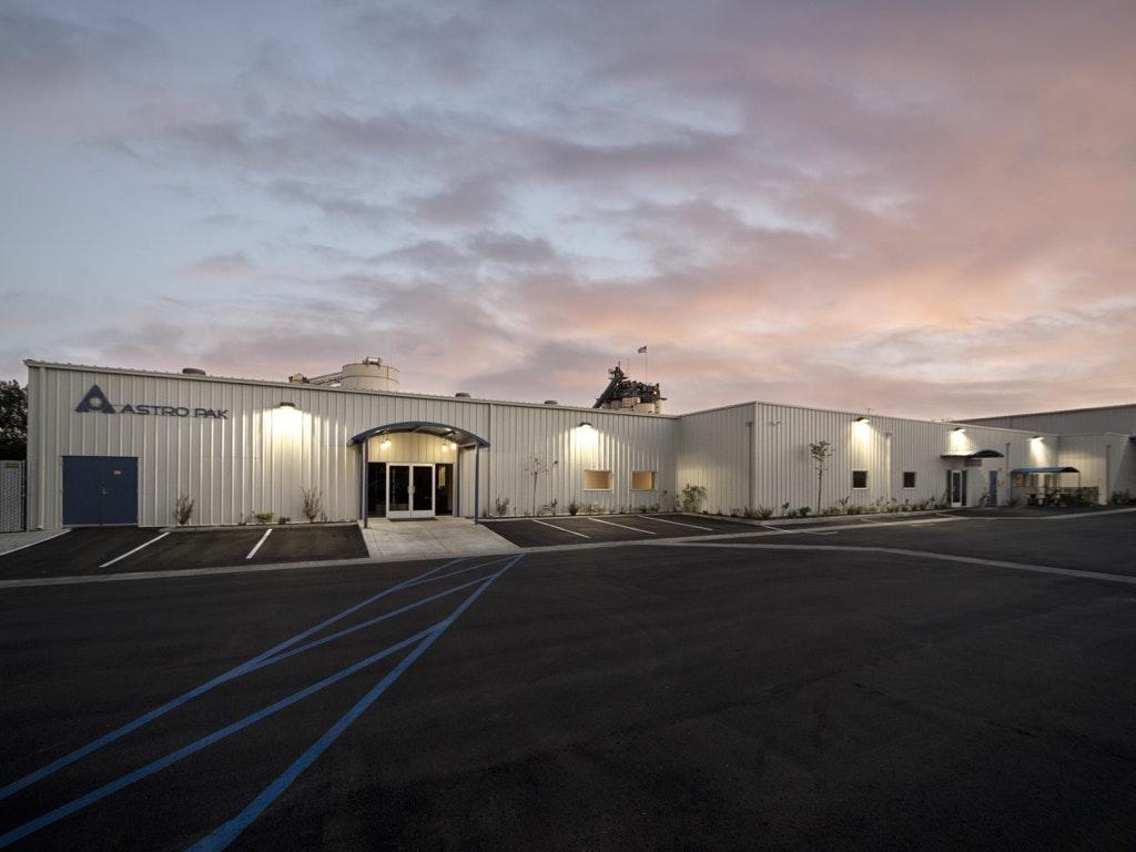 CACR_Facility01.jpg
