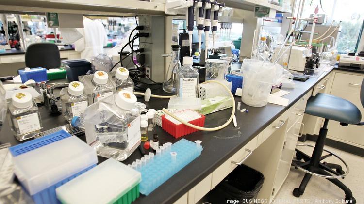 seattle-genetics-tour-10-conjugation-laboratory-rgb_750xx4896-2754-0-255.jpg